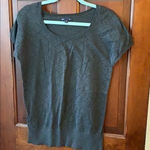 Gap gray short sleeve sweater